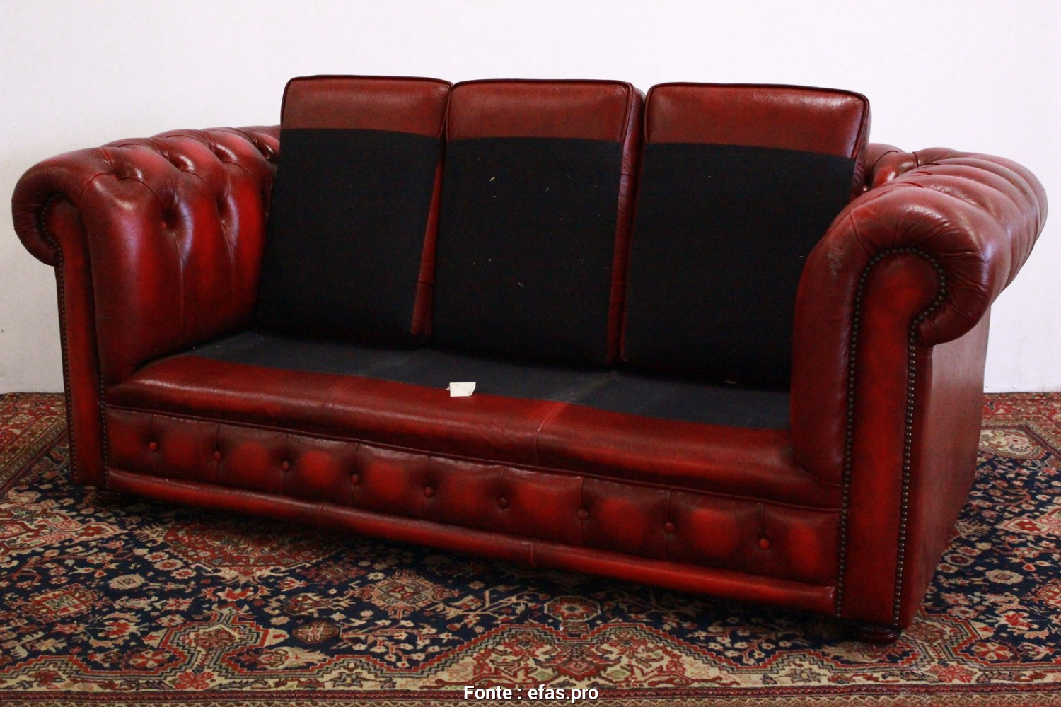 Divano Chesterfield Replica, Bello Divano Chesterfield Club 3 Posti Bordeaux, U2013 Divani Originali