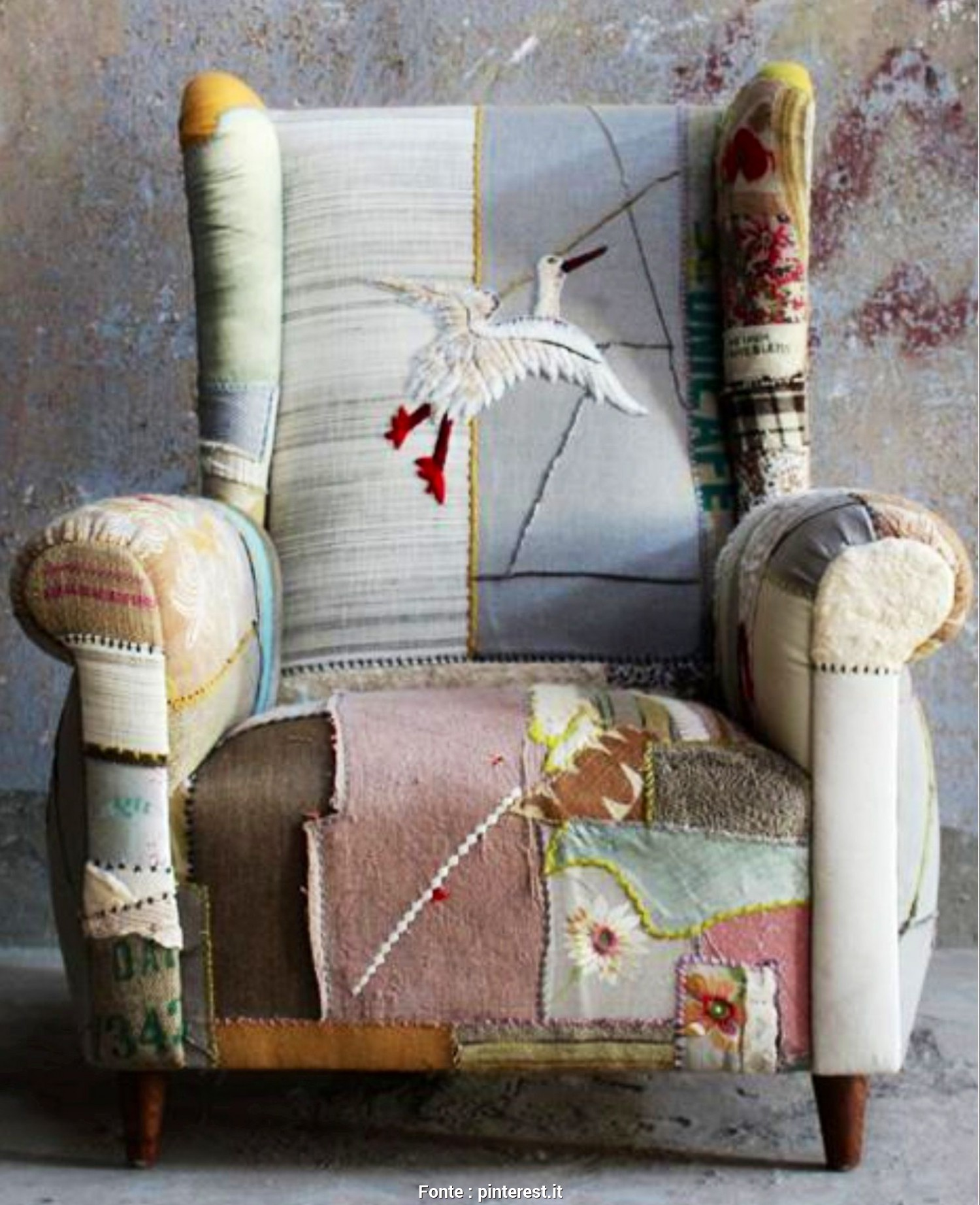 Rivestire Divano Patchwork, Originale Patchwork Chair, Mmmm Lovely!, Unusual Furniture, Pinterest