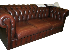 Chesterfield Divano Marrone, Costoso Divani E Poltrone: Divano Chesterfield, Posti Marrone