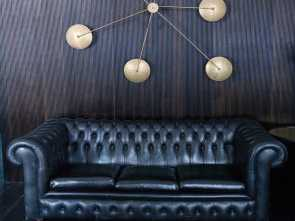 Divano Chester Nero Vintage, Deale AREADOCKS RESEARCH Leather Sofa Chester Chesterfield Black Three